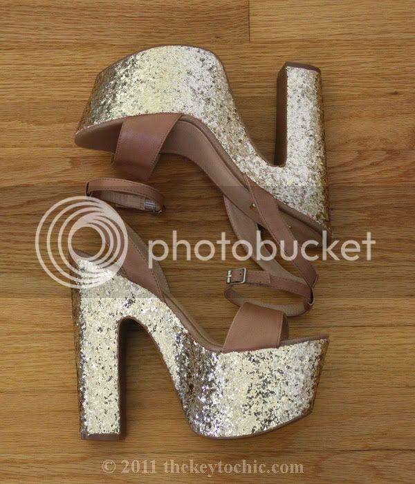 Steve Madden Shazzam, gold glitter '70s strappy platform heels, glitter platform heels