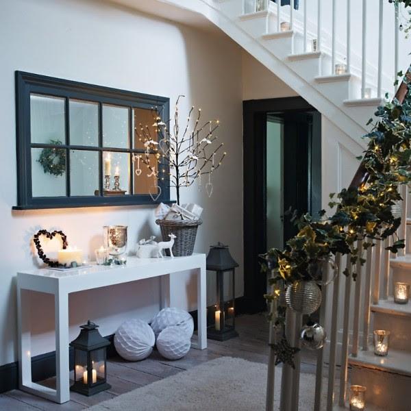 deko ideen garten im winter tannenzapfen silber - Maison Bois Nauc