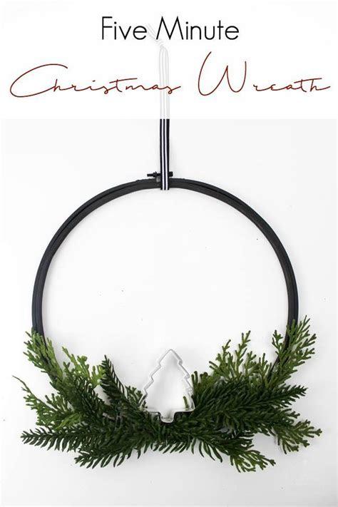 minute christmas wreath tricks  hacks home
