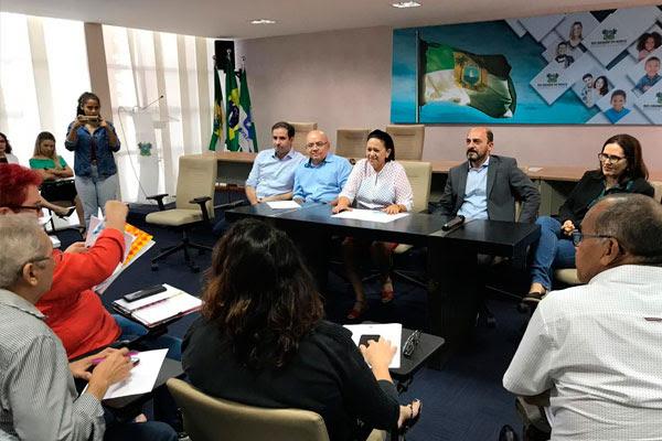 Resultado de imagem para GOVERNO DESCARTA REAJUSTES E ANUNCIA CALENDÁRIO ATÉ SETEMBRO