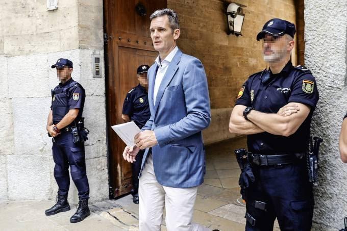 AGORA VAI!? Espanha testa programa inspirado no sistema de passos do Alcoólicos Anônimos para reabilitar corruptos
