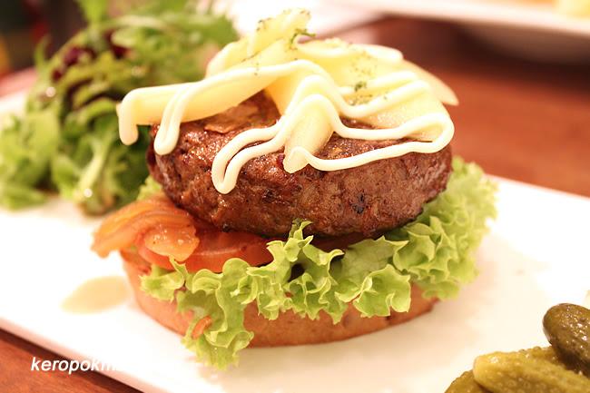 Beef D'luxe