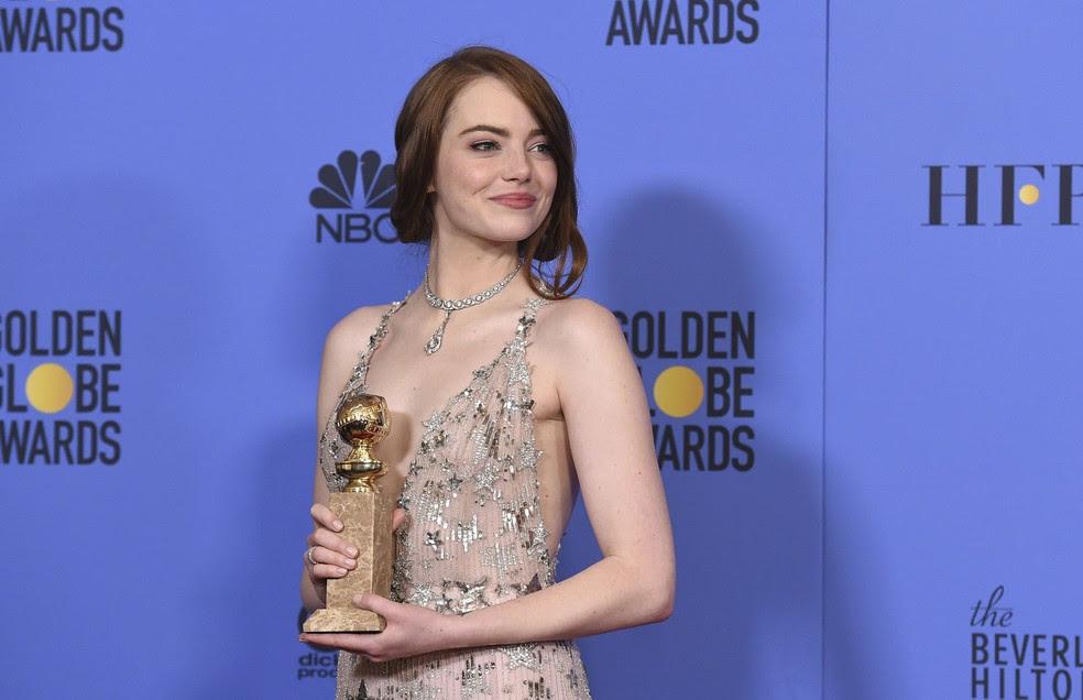 Emma Stone ganhou o Globo de Ouro de melhor atriz em comédia ou musical por 'La la land: Cantando estações' (Foto: Jordan Strauss/Invision/AP)