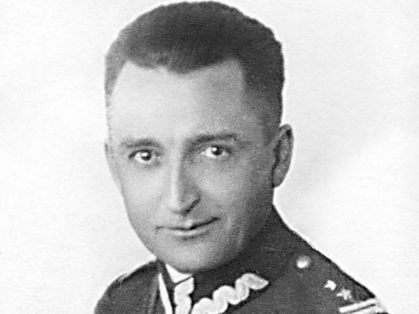 """Gen. August Emil Fieldorf """"Nil"""" był torturowany, a następnie został powieszony w więzieniu na Rakowieckiej (fot. domena publiczna)."""