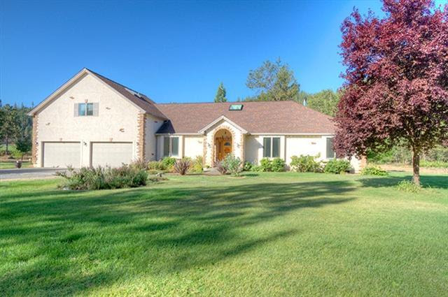 Listing: 15716 Hwy 238, Grants Pass, OR. MLS 2959430  Buy Southern Oregon Real Estate and