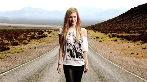 Avril Lavigne HD Wallpapers ? WeNeedFun