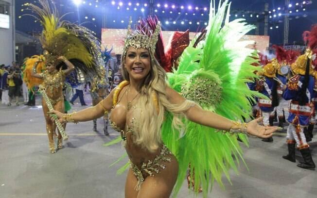 Rainha da Acadêmicos do Tatuapé com fantasia de R$ 80 mil. Foto: Orlando Oliveira/AgNews