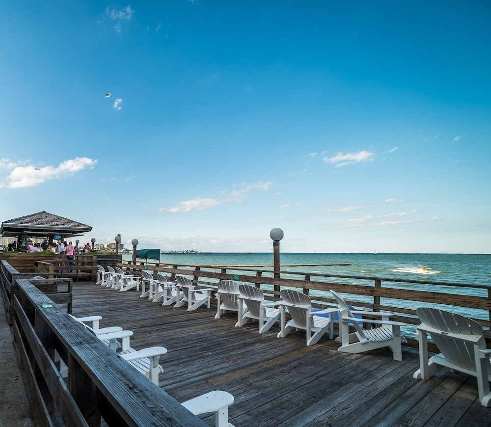 Emerald Beach Hotel Corpus Christi 2019 Room Prices