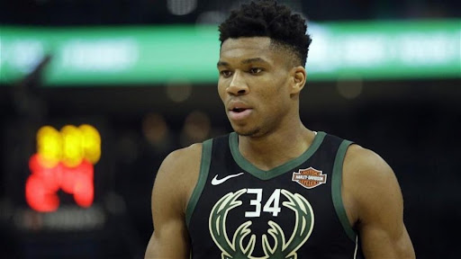 """Avatar of """"Seen it in the Past with Michael Jordan"""": Ex-NBA Player Reveals What Giannis Antetokounmpo Must Do to be Counted Among All Time Greats"""