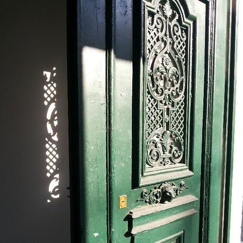 #doors #doorsondoors #doorsworldwide  #shadows by Joaquim Lopes