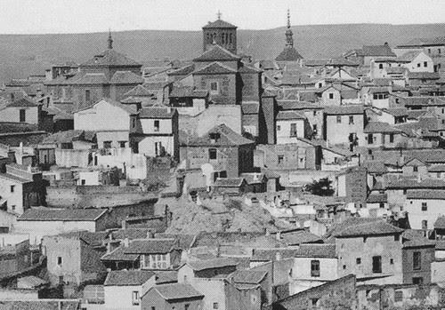 Solar de la Iglesia de San Torcuato al poco de ser demolida. Fotografía de Jean Laurent en 1872 (detalle)