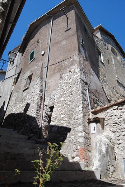 Passeggiata A Rocca Di Mezzo