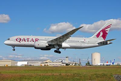Qatar Airways Boeing 787-8 Dreamliner A7-BCD (msn 38322) PAE (Nick Dean). Image: 912548.