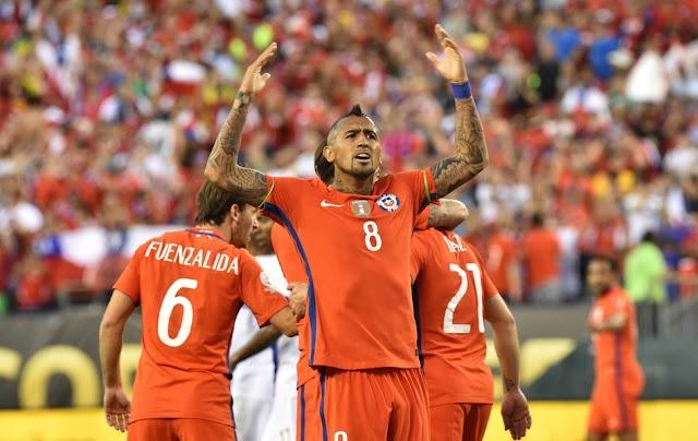 Chile vence Panamá e avança