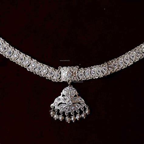 Jewellery 10  Traditional kandyan Jewellery   Nalalpatiya