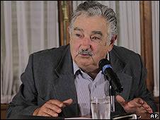José Mujica durante entrevista neste domingo
