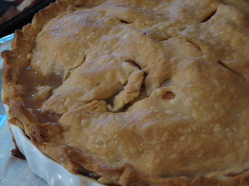 Pineapple Quince Apple Pie