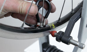 How to true a bicycle wheel - tutorial video