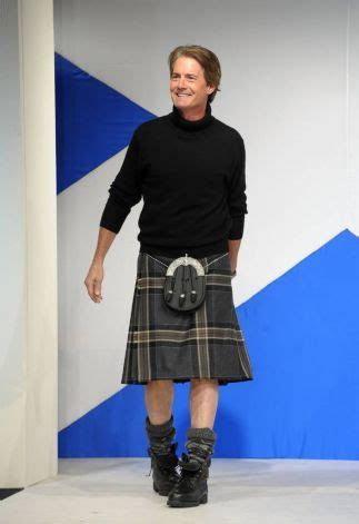 What Should A Man Wear With A Kilt