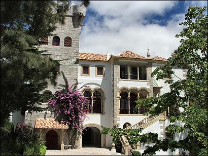 Casa Verdades de Faria by O Cipreste