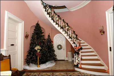 Holiday Foyer.jpg