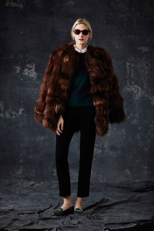 LE FASHION BLOG JENNI KAYNE FW 2014 COLLECTION 1930S MODERN ENGLISH COUNTRYSIDE BROWN BURGUNDY SUNGLASSES OVERSIZED FIR COAT WHITE COLLARED SHIRT KNIT SWEATER CROPPED BLACK PANTS GREEN GOLD CHAIN LOAFERS EFFORTLESS CHIGNON LOW BUN NATURAL BEAUTY 6 photo LEFASHIONBLOGJENNIKAYNEFW20146.jpg