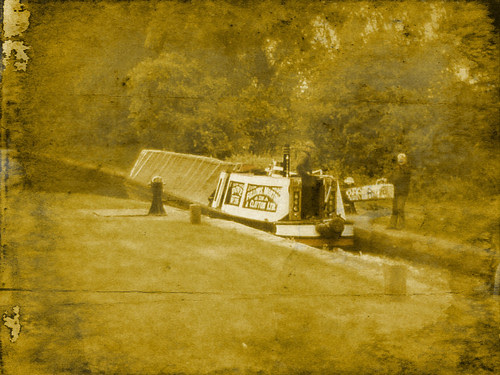 Tame Valley Canal - playing with VintageScene