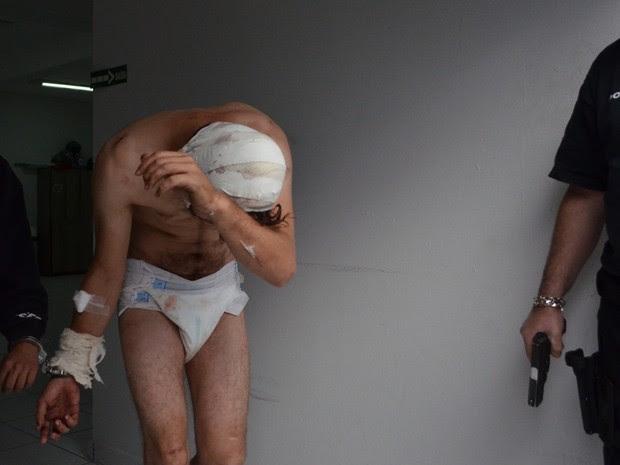 Rapaz foi levado muito machucado para cadeia em Sorocaba (Foto: Sérgio Ratto/ Jornal Ipanema)