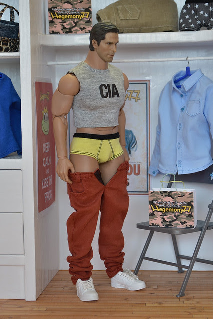 1/ 6 scale Hot Toys Advanced Muscular TTM 20 action figure in custom clothes - briefs underwear jeans pants cut off CIA shirt