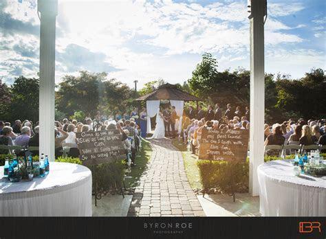 {Lisa   Justin} Winding Path Gardens Wedding Photography