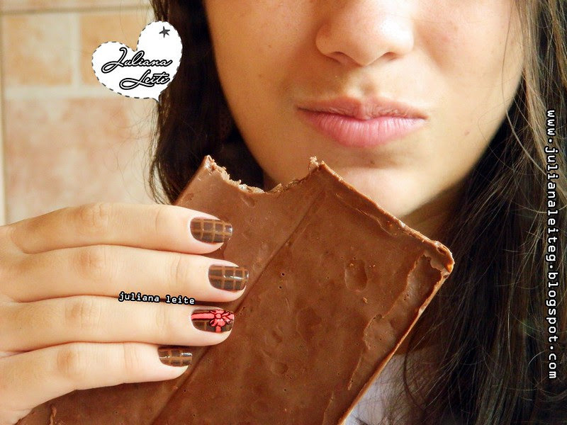 juliana leite makeup nailart unhas decoradas barra de chocolate diferente doces presente laços embrulho marrom tinta tecido bem feita blog esmalte colorama pincel páscoa feitas semana3