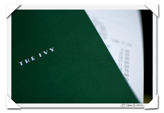 picture photograph image the ivy bill is presented covent garden london 2007 copyright of sam breach http://becksposhnosh.blogspot.com/