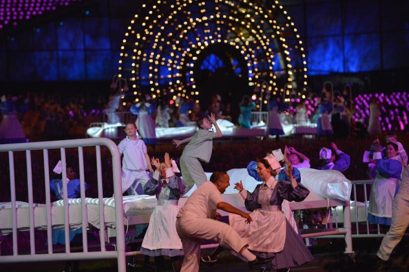 Bailarinos e crianças interagiram em performance:imagem 13