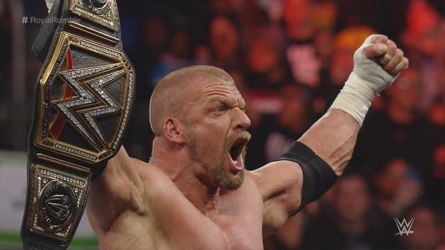 Triple H se convierte en NUEVO campeón mundial de la WWE