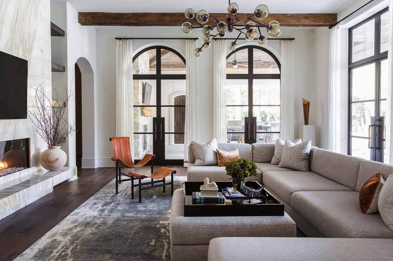 Mediterranean style Texan home with light-flooded interiors