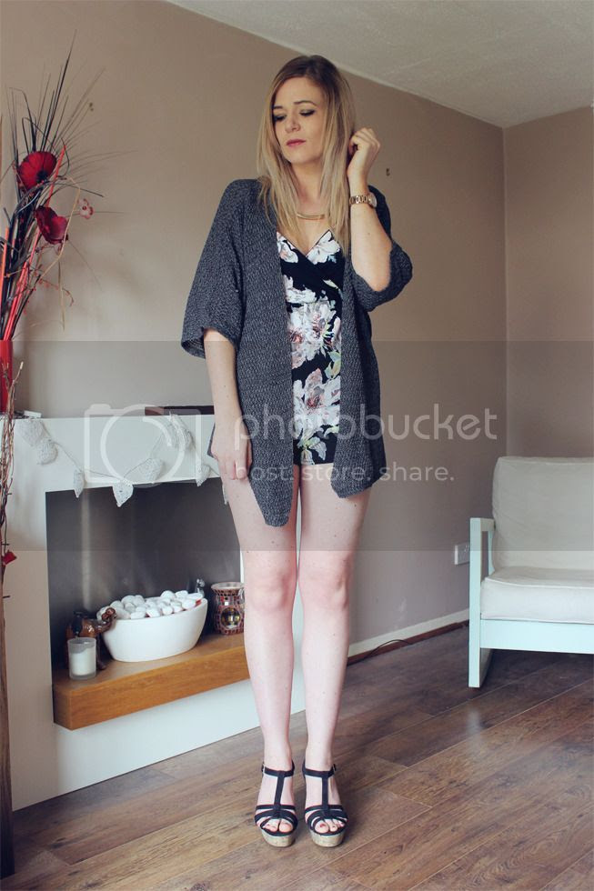 boohoo floral playsuit outfit