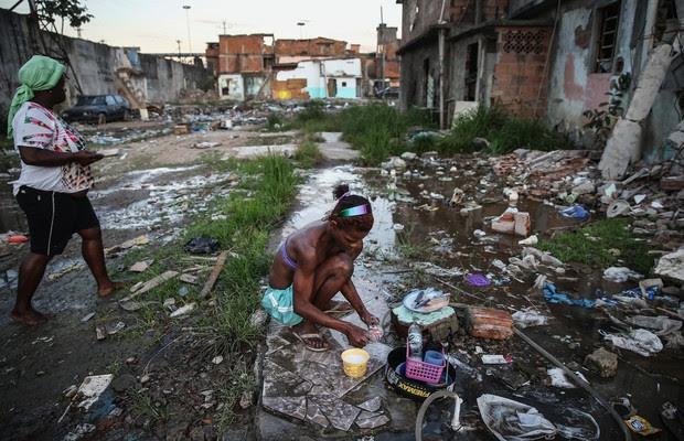 Resultado de imagem para america latina pobreza