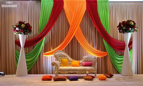 Indian Wedding Stage Decoration Idea ? OOSILE