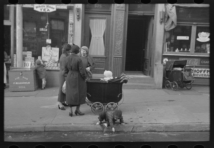 16 Photos Of New York During The Great Depression
