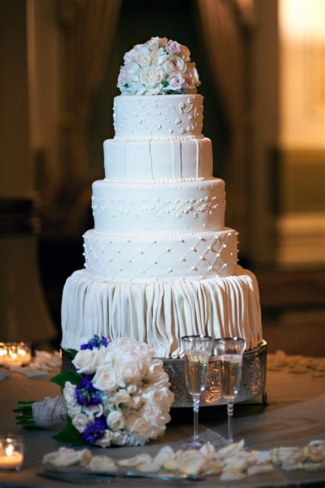 Preserving Your Top Layer of the Wedding Cake