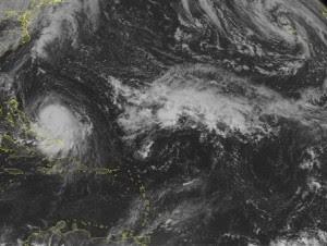 Huracán Joaquín en imagen tomada del Centro Nacional de Huracanes de Estados Unidos.