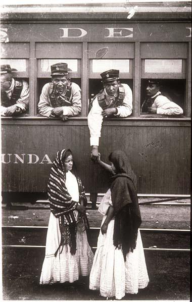 mexican-revolution-soldier-aboard-train-casasola-380.jpg
