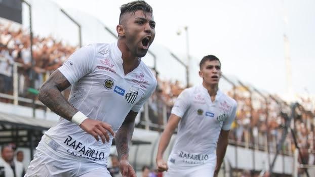 Gabriel comandou a vitória do Santos neste domingo
