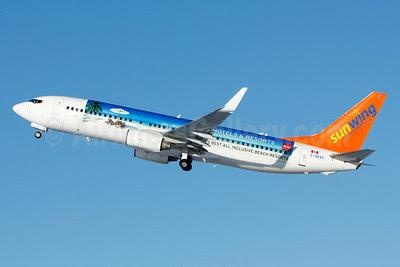Sunwing Airlines (flysunwing.com) Boeing 737-8Q8 WL C-GKVY (msn 30724) (Riu Hotels and Resorts) YUL (Gilbert Hechema). Image: 921891.