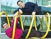 Sergey brin e Larry Page (nella spirale) co-fondatori nel 1977 di Google