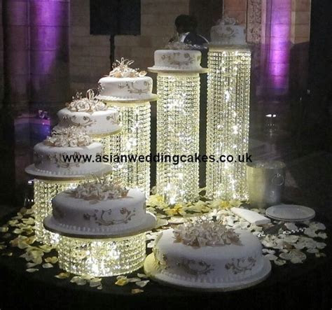 Natural History Museum   7 tier crystal wedding cake, iced
