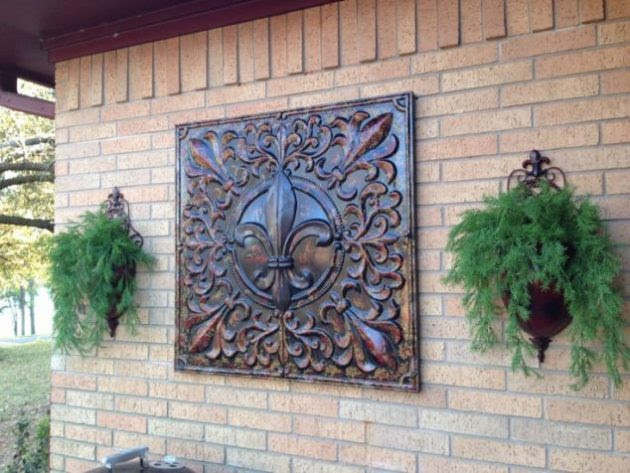 Interesting Options For Outdoor Wall Decor To Enhance The ...