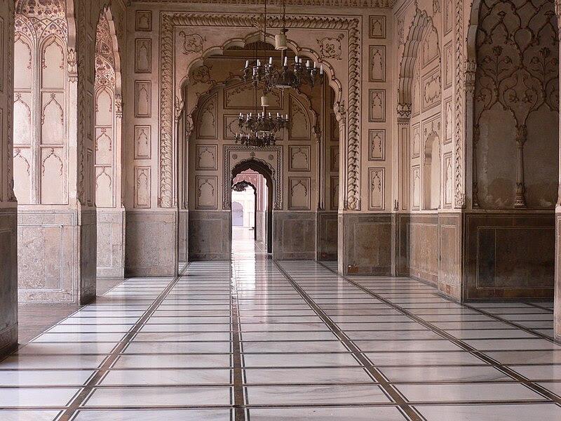File:Badshahi Mosque, Lahore.JPG