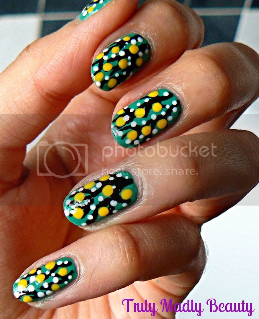 Spring Blossoms Dotticure