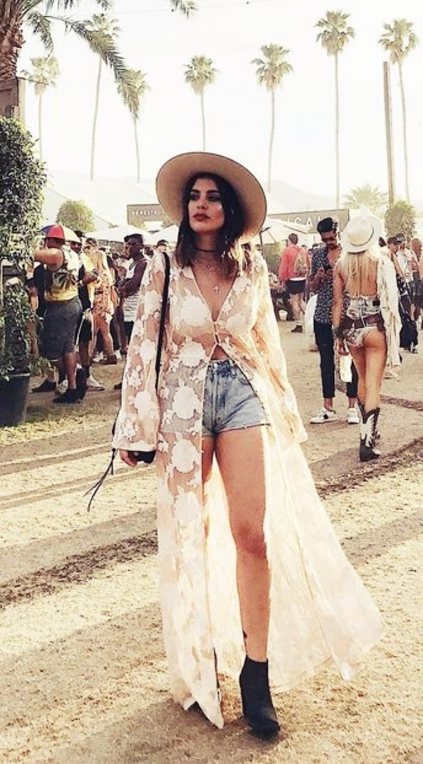 37 festive coachella outfits ideas to copy 2019  fashion